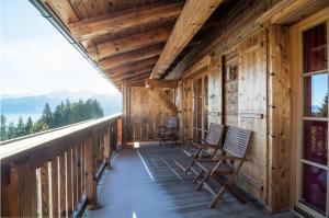 Vakantiehuis  - : Panorama Chalet 17