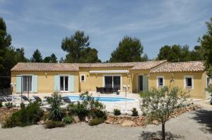 Vakantiehuis  - : Villa Majolie