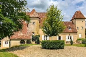 Vakantiehuis  - : Un château en bordure de rivière