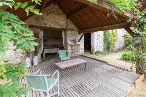 Vakantiehuis  - : Maison de vacances - ST LAURENT-DES-MORTIERS