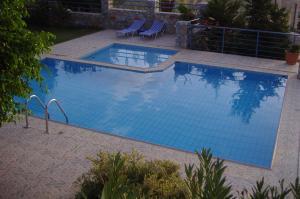 Vakantiehuis  - : Villa Anemos