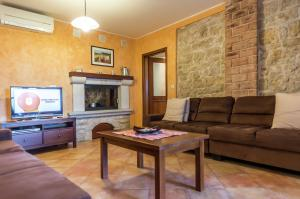 Vakantiehuis  - : Villa Ladonja with Private Pool and Sauna