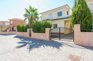 Vakantiehuis  - : Villa Mosa Claire