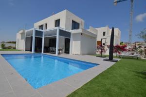 Vakantiehuis  - : Villa Levante